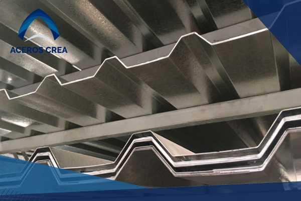 Las láminas acanaladas tienen una gran oferta de perfiles y utilidades como elementos para techo y muros. ¡Somos fabricantes! Envíamos a todo el país.