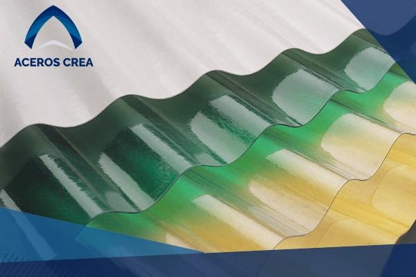 La lámina plástica de poliéster, Polylit, es económica y versatil, ideal para espacios pequeños. ¡Somos fabricantes de láminas! Con envíos a todo México.