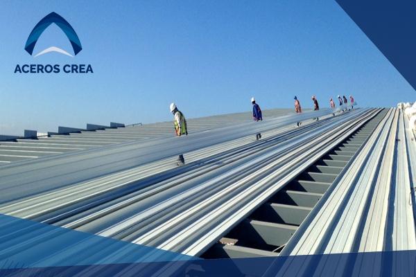 La lámina con acanalado KR-18 es una de la mejores láminas de acero con características herméticas. ¡Somos fabricantes de láminas! Envíos a todo el país.
